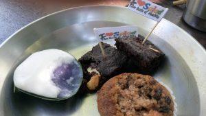 Er was van alles te eten op het festival. Van kleine hapjes tot hele maaltijden.