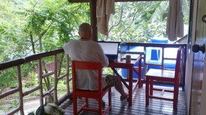 Werken in onze eigen office/bungalow.