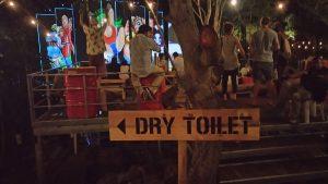 Ook aan een duurzaam toilet is gedacht.
