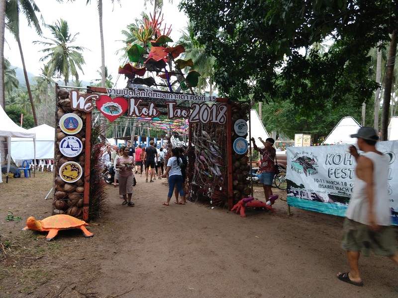 The entrance of the Save Koh Tao festival.