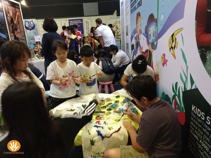 Zoveel kinderen willen hun eigen gepersonaliseerde tas hebben.