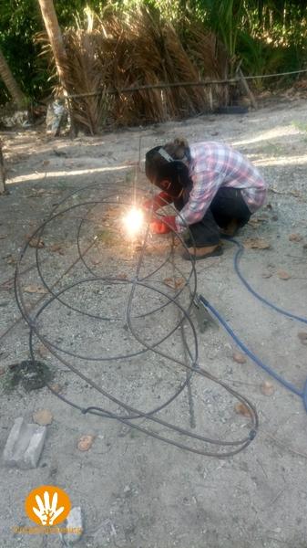 Vera welding the dugong .